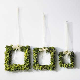 BOXWOOD SQUARE WREATHS ST3