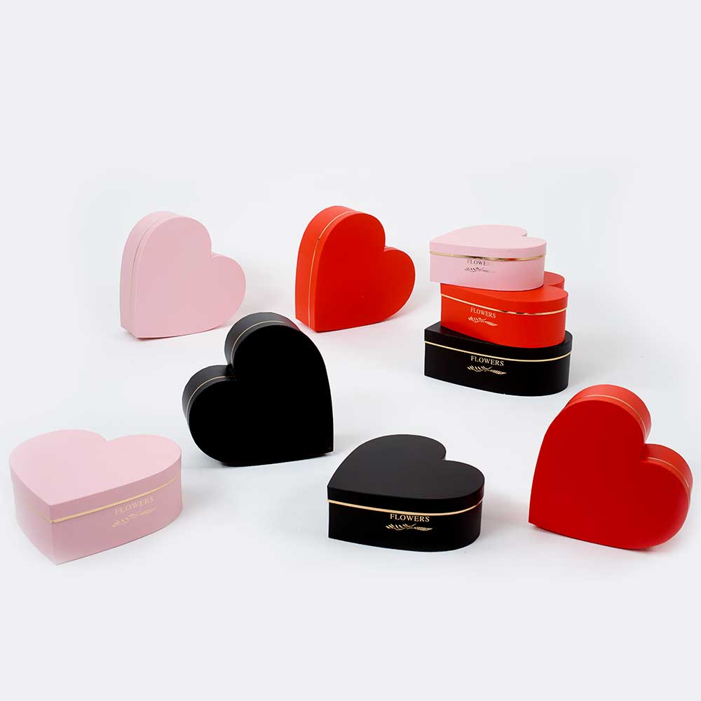 HEART HAT BOXES