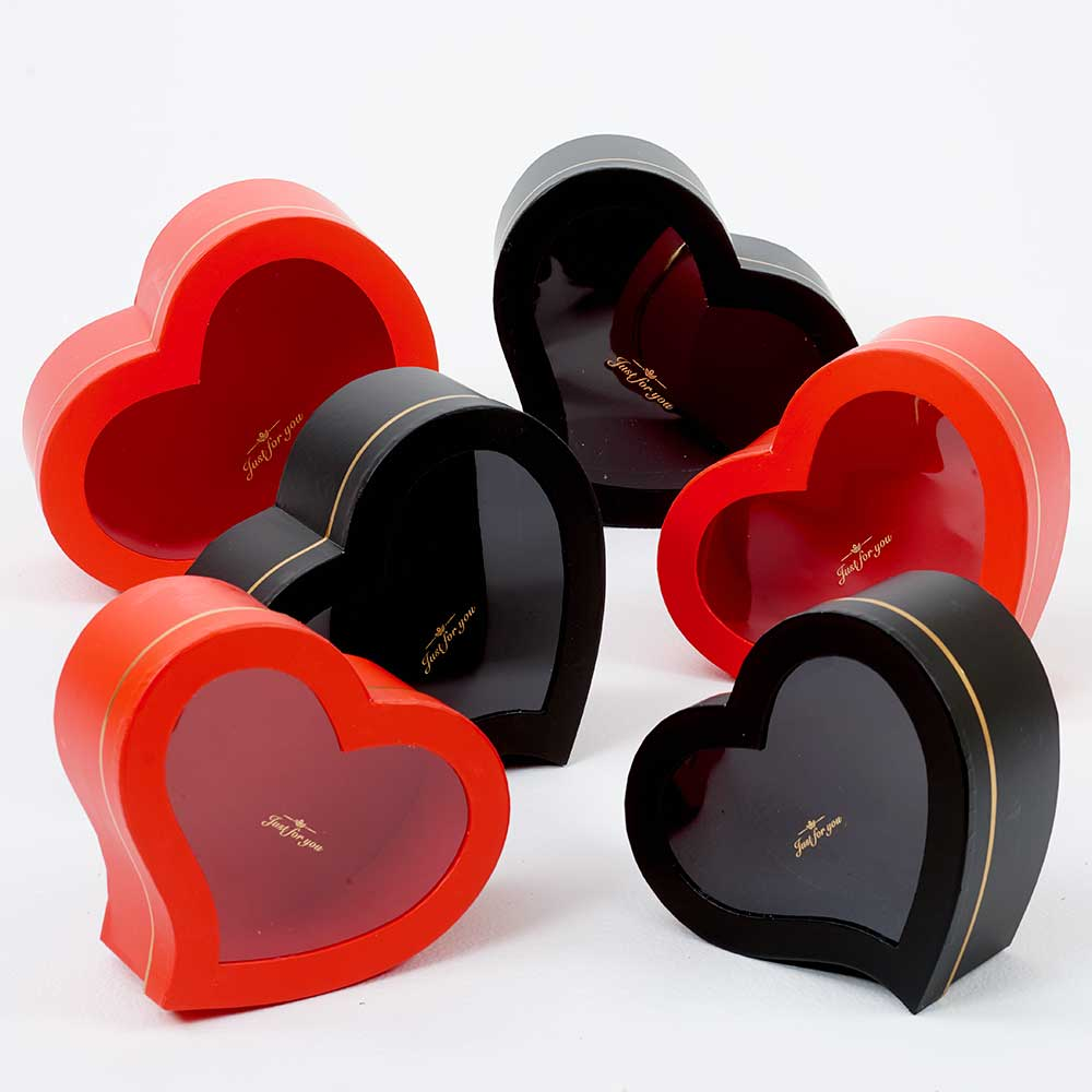 WINDOW HEART HAT BOXES
