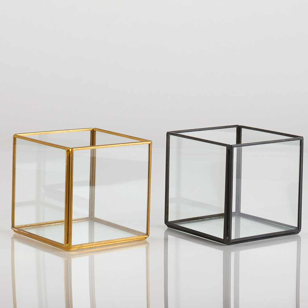 "4"" METAL/GLASS CUBE"