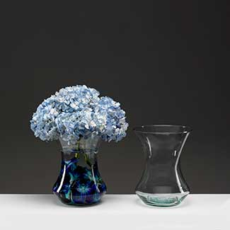 "9.5"" RECYCLED GLASS VASE"