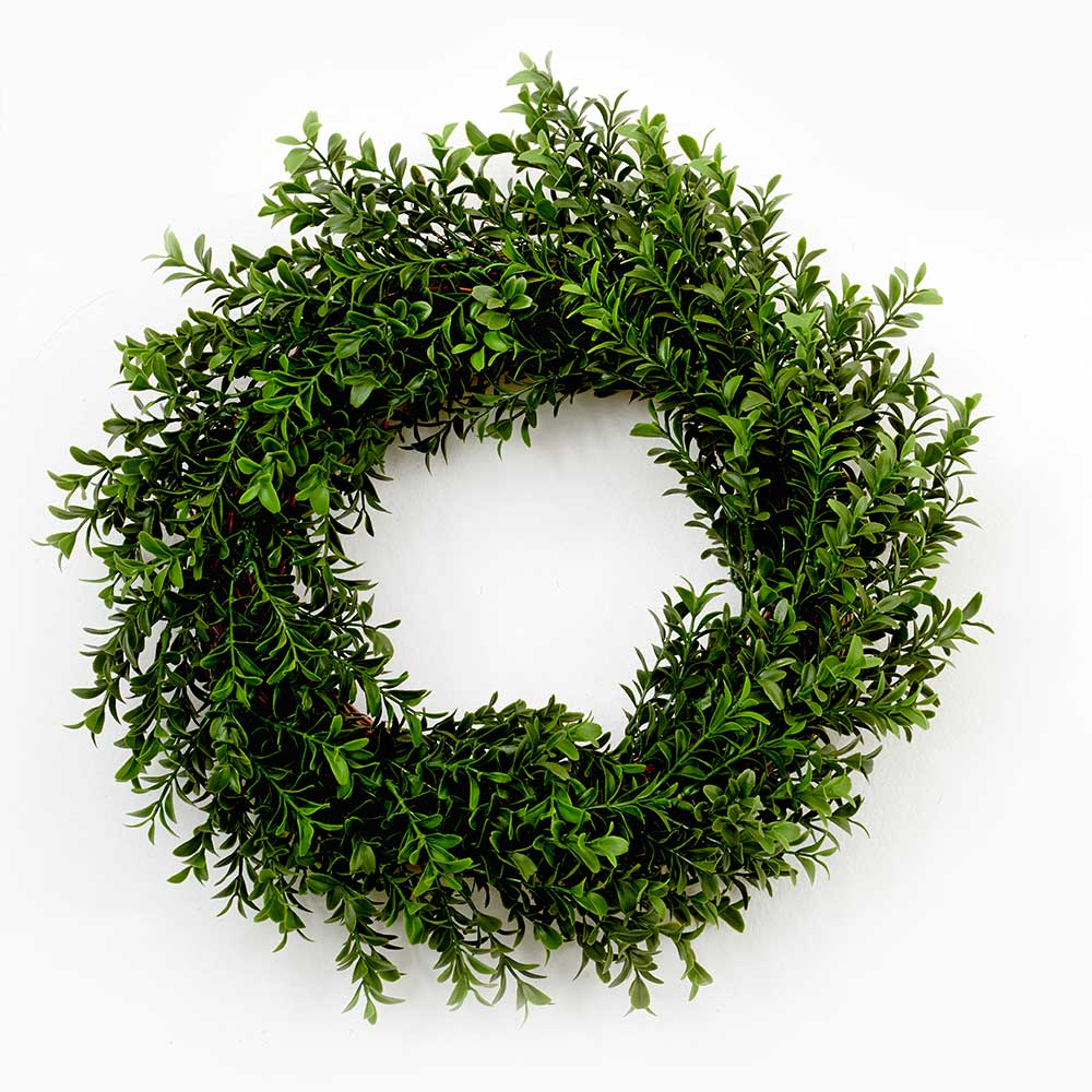 "17"" BOXWOOD WREATH"