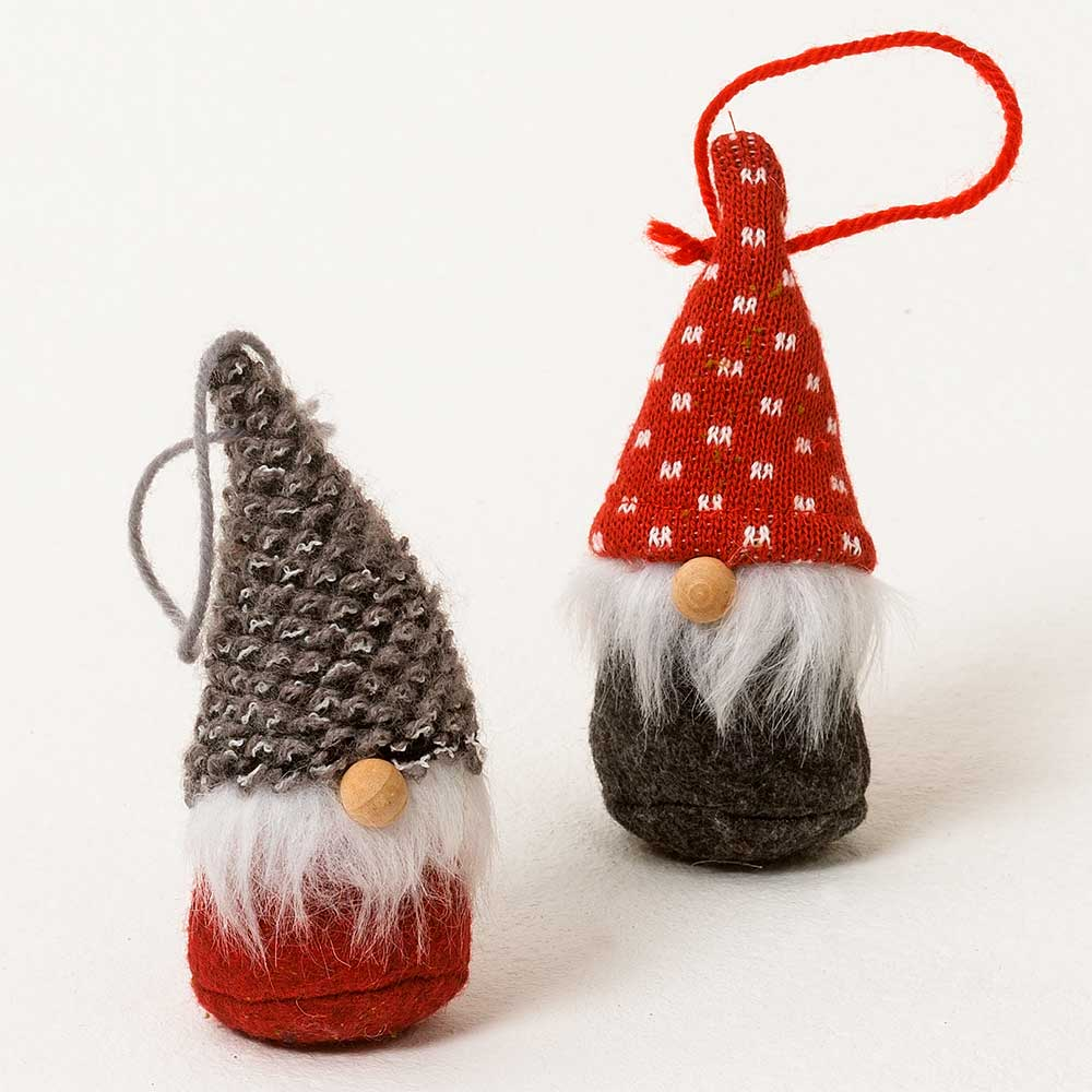 "4"" GRAY/RED GNOME ORNAMEN"